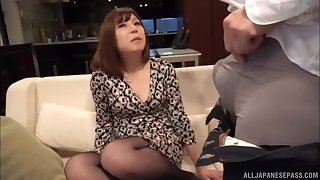 Japanese MILF babe rides and blows cock at a hotel room in POV