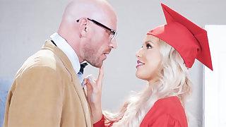 Graduate Girl Taste Professor's Huge Dick