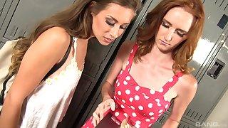 Busty teen lesbian Deedee Lynn licks the pussy of Cassidy Klein