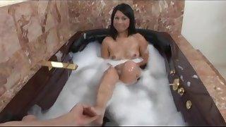 Kayme Kai sucks a man's cock in a tub before top-drawer sex