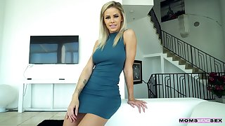 Temptress Jessa Rhodes gives her head and gets fucked in hot POV scene