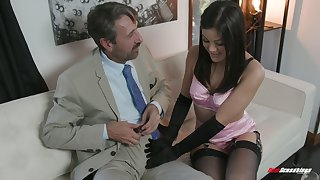 Sexy kept widely applicable Kendra Spade gives a blowjob and gets her muff nailed
