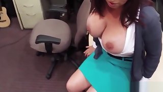 Busty adult amateur pawns pussy for top-hole