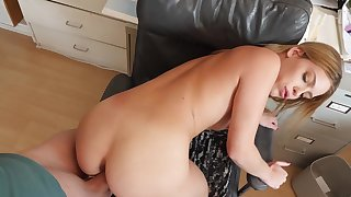 Stunning Leah Lee uses her penis fly waylay to bury a thick shaft
