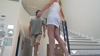 Fair-haired milf stepmom brett rossi's seduction