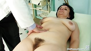 Czech Granny Likes Completeness The brush Gynecologist Is Doing With The brush Pussy, When She Visits Him