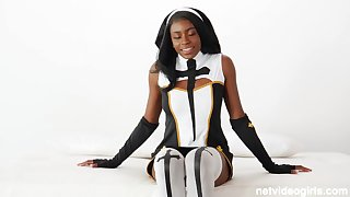 Latex nun & hot cop team anent 4 cock!