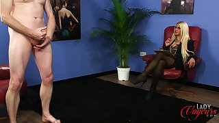Naughty blonde boss Romei Rose watches her assistant stroking