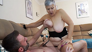 Mature amateur short haired granny Savana feels young again