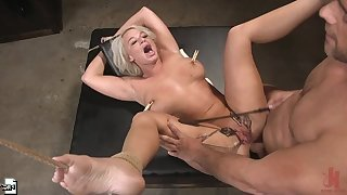 Chum around with annoy Dinner Party: First and foremost Wife London River Gets Anally Creampied